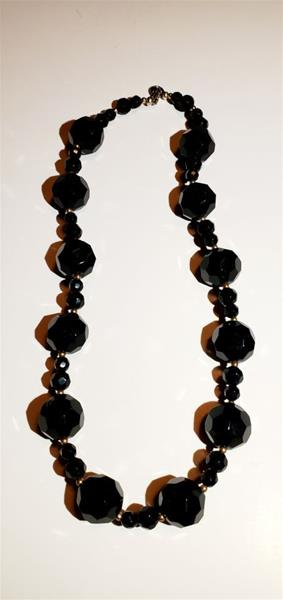 Black Chunky Beads Necklace