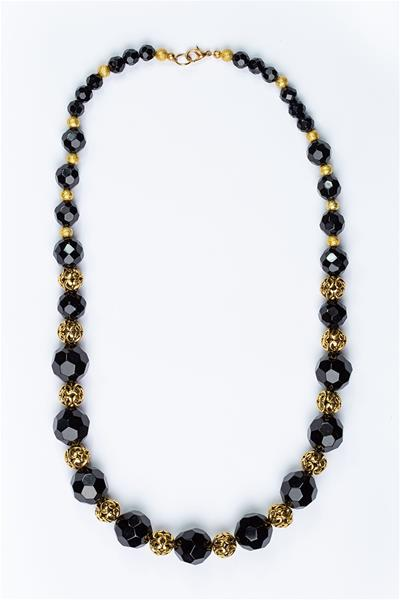 Chunky Black Beads Necklace