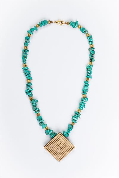 Earthy Turquoise Beads Necklace with Pendant